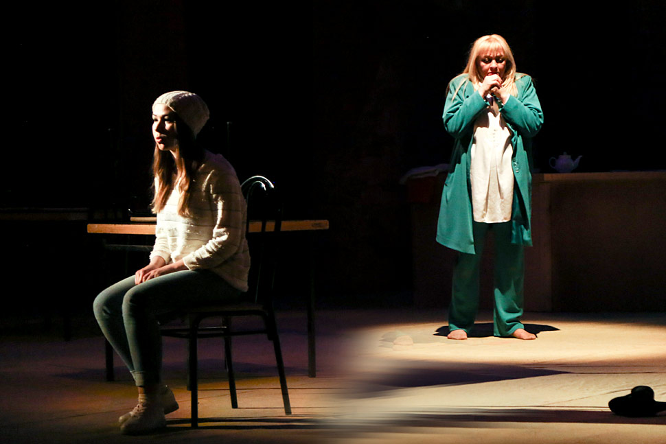 spektakl-vybiraj-mistika-i-filosofiya-na-scene-russkogo-teatra5