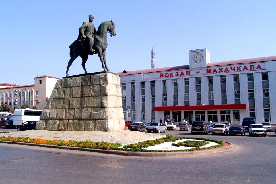maxachkala-160-kuda-pojti-na-den-goroda_1
