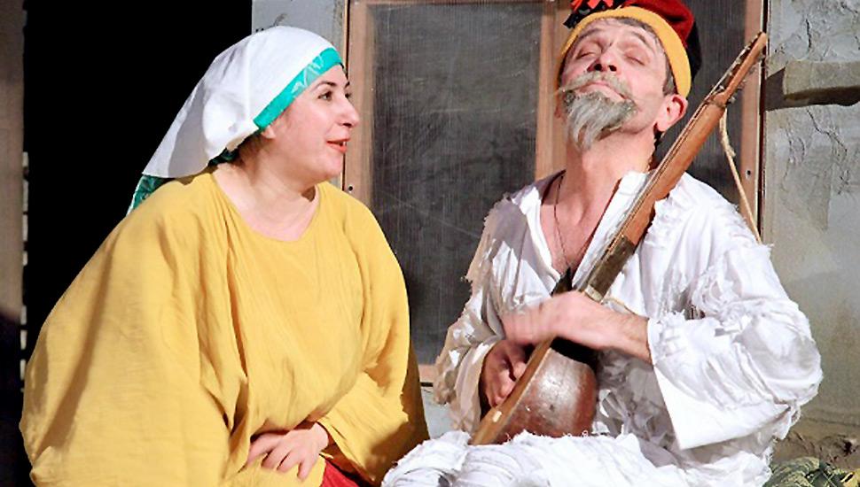 molla-nasreddin-iskryashhijsya-yumor-na-scene-lakskogo-teatra_3