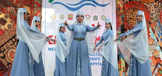 """В Махачкале прошел Фестиваль народной музыки """"Играй, душа!"""""""