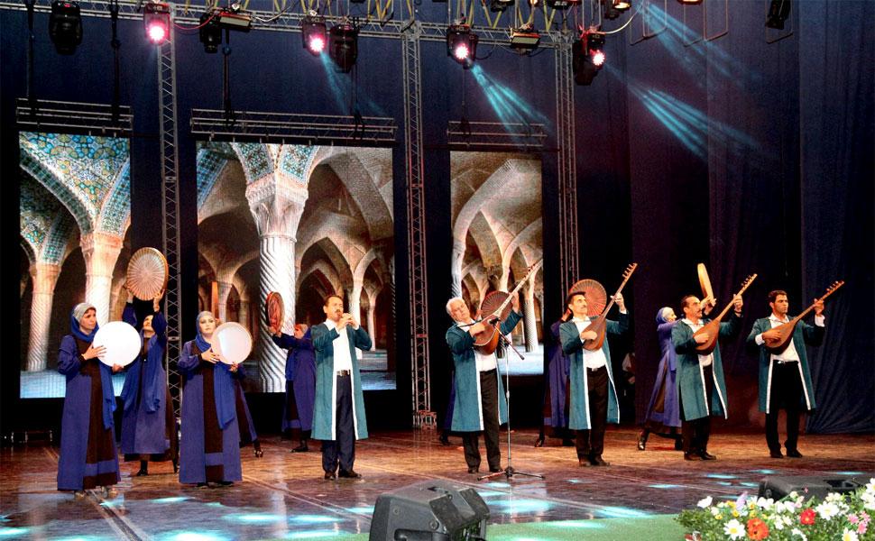 """В Махачкале состоялось торжественное открытие Международного фестиваля фольклора и традиционной культуры """"Горцы"""""""