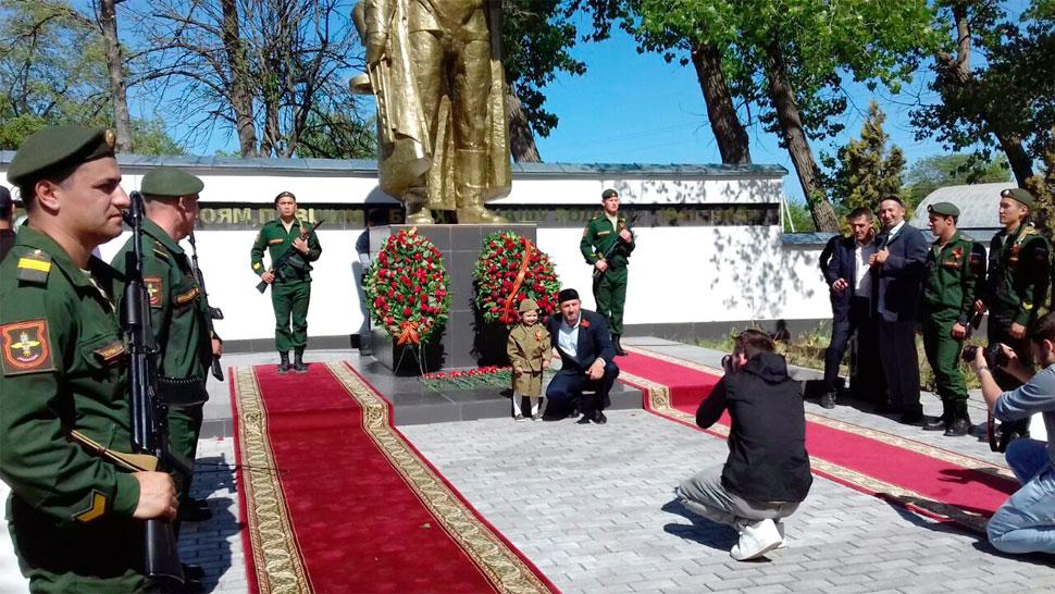 Волонтеры Чечни нашли 17 дагестанских солдат, погибших в ВОВ под Грозным